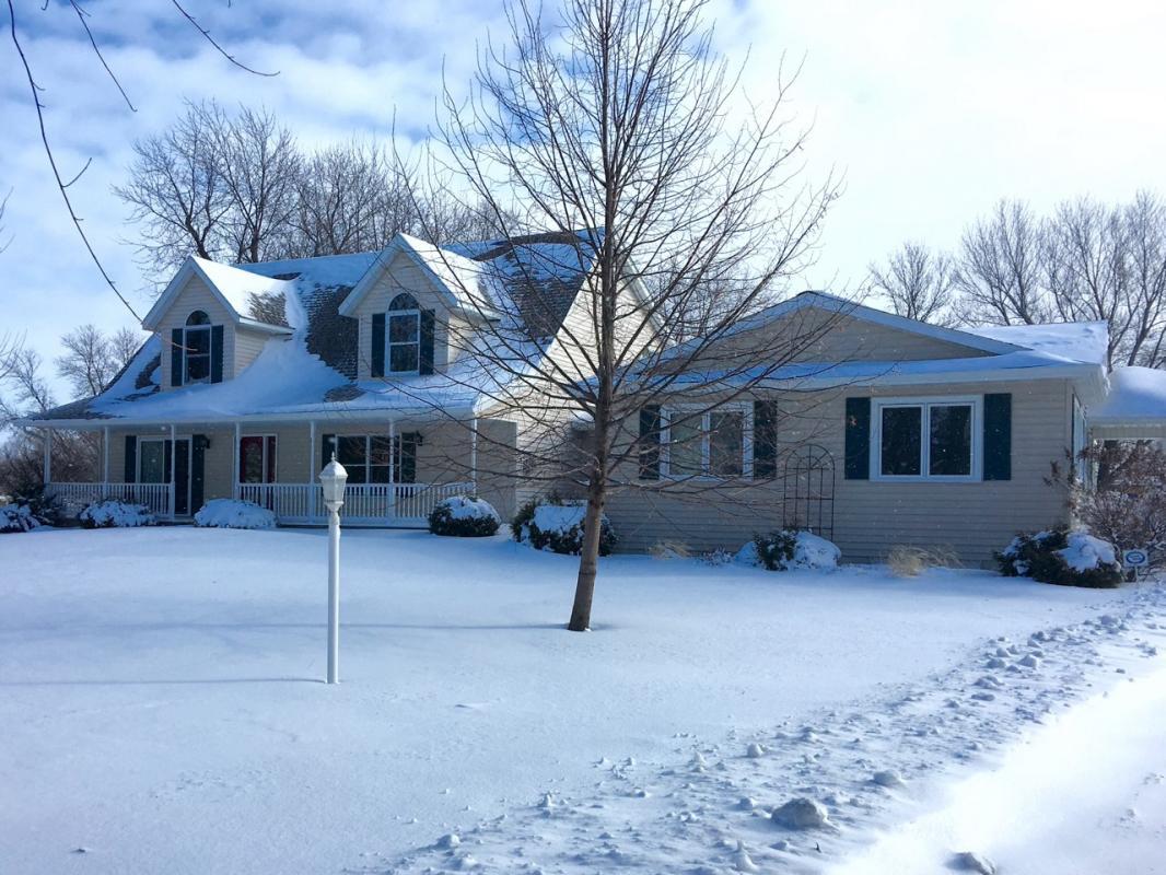 1807 Saint Paul Road, Owatonna, Minnesota 55060