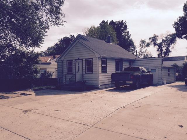 317 3rd Ave NE, Watford City, North Dakota 58854