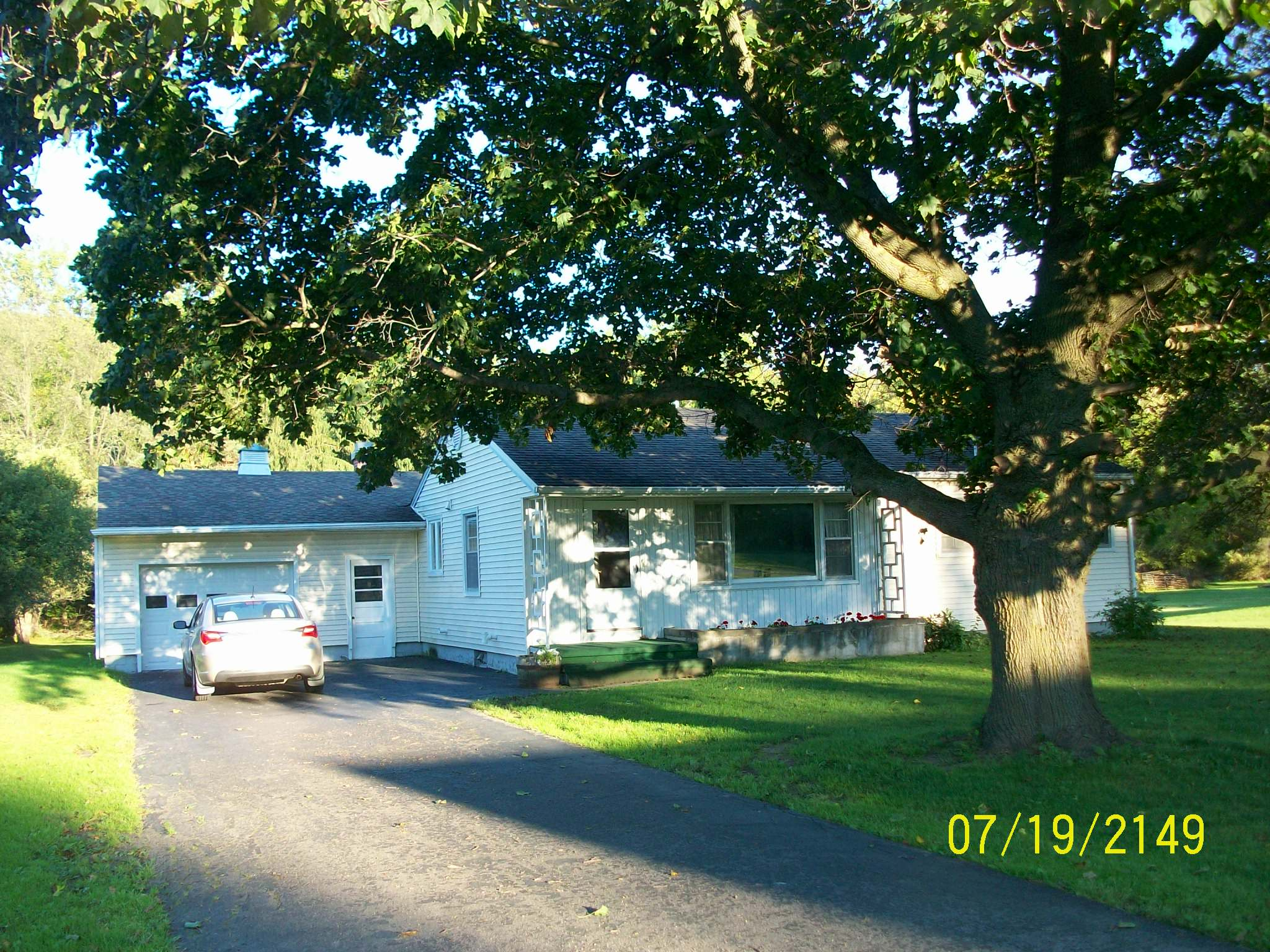 6768 State Route 21, Almond, New York 14804