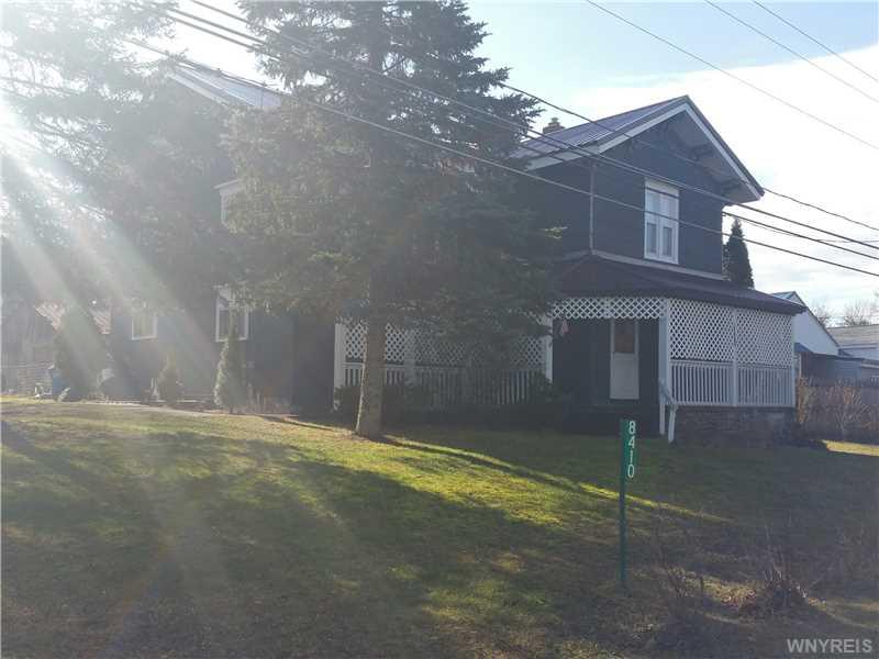 8410 Ridge Rd., Hartland, New York 14067