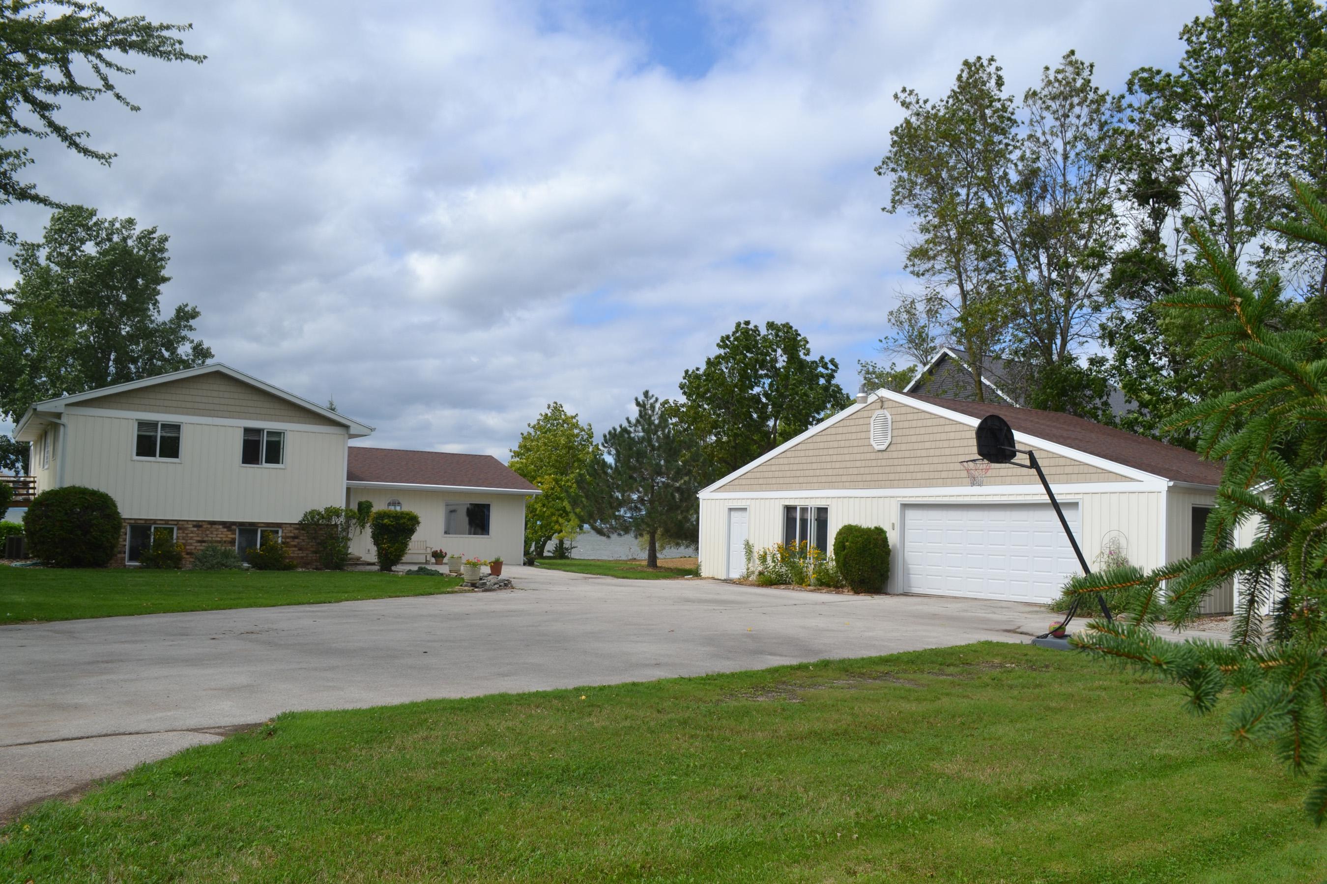 N8915 County DK, Luxemburg, Wisconsin 54217