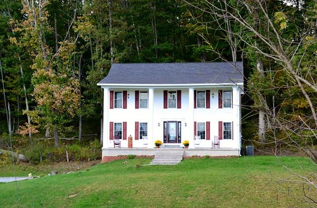 432 Beau Ridge Drive, Bluefield, West Virginia 24701