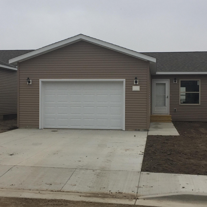 706 2nd Street NE, Watford City, North Dakota 58854
