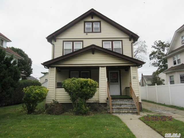144 Oak Avenue, Hempstead, NY 11550
