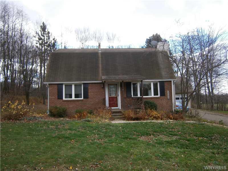 2099 Weiser Ct, North Collins, New York 14111