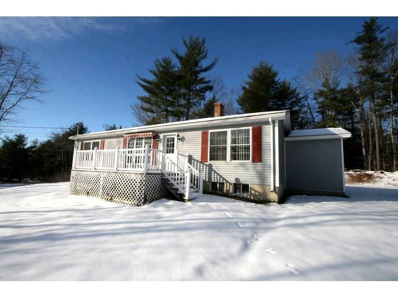 2447 Essex Street , Orono, Maine 04473