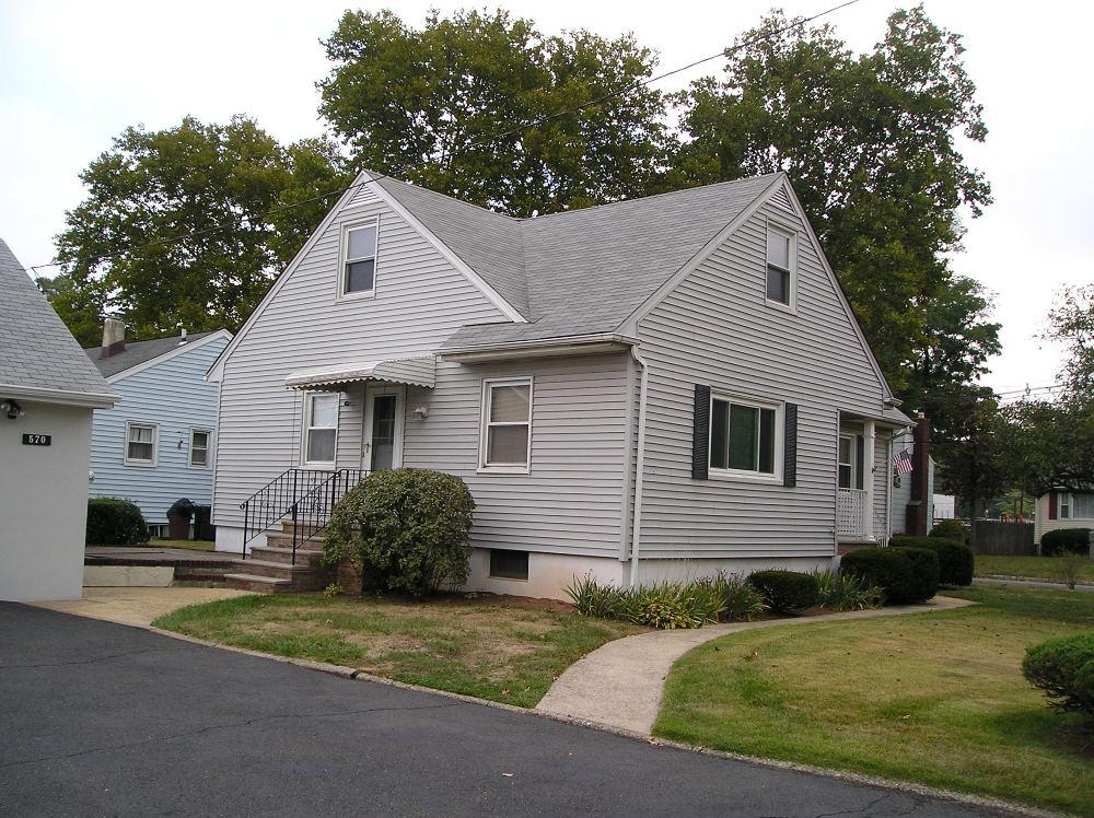 570 Monroe Ave, Kenilworth, New Jersey 07033