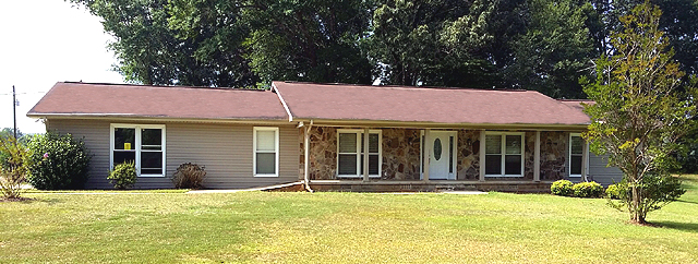 198 Reaves Dr, Munford, Alabama 36268