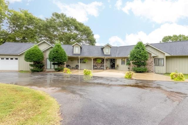 65 Bull Dog Cir, Cropwell, Alabama 35054
