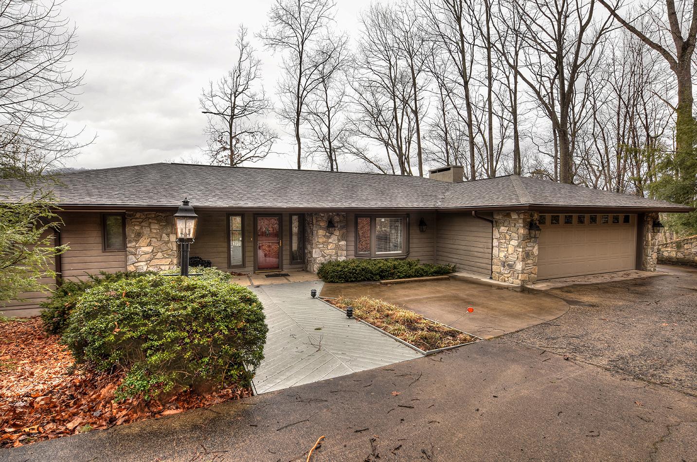 166 Crescent Drive, Lake Junaluska, North Carolina 28745