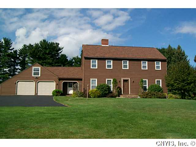 612 Deerfield Dr, Oneida, New York 13421