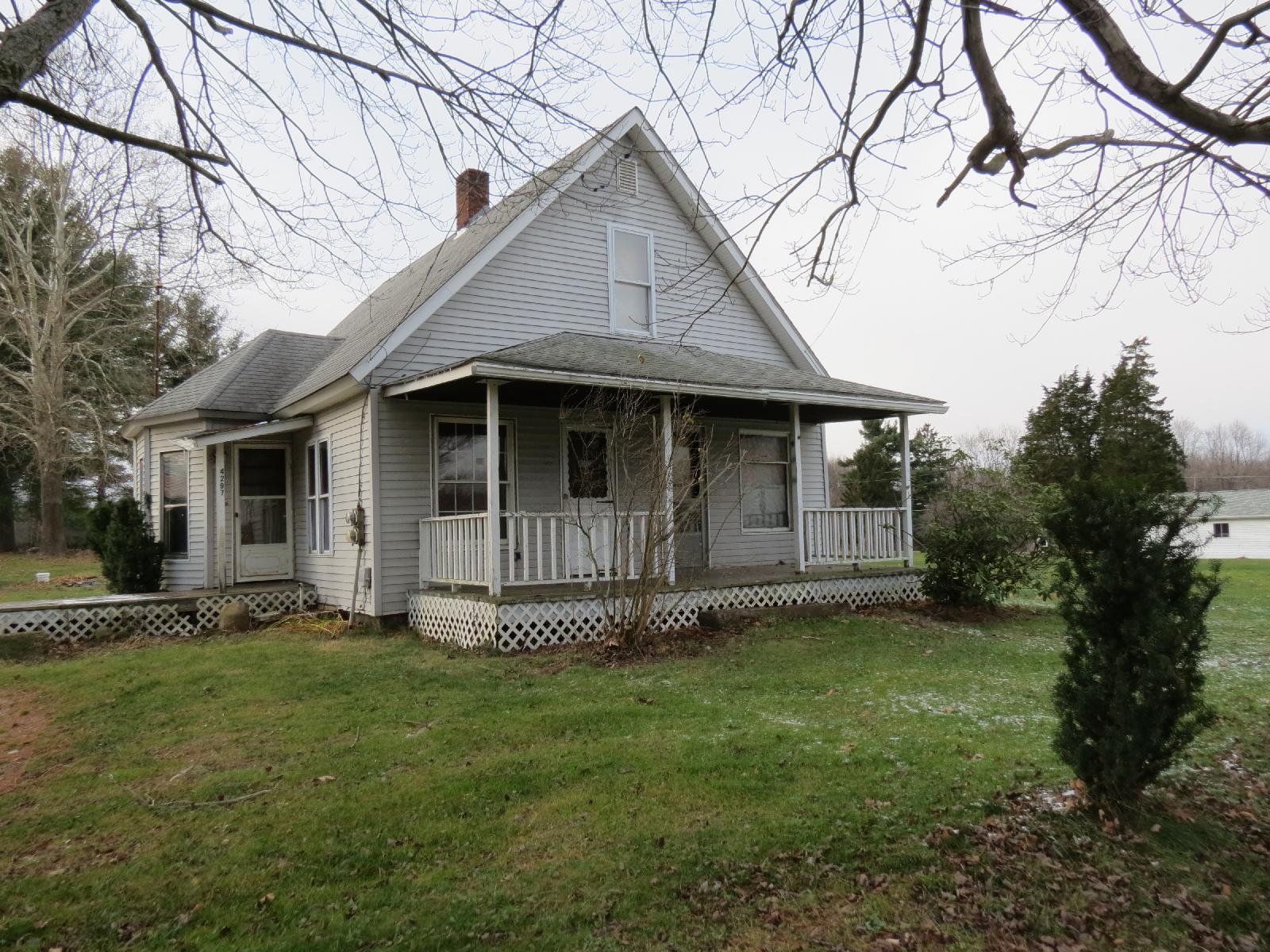 4297 Mercer Street, Sandy Lake, Pennsylvania 16145