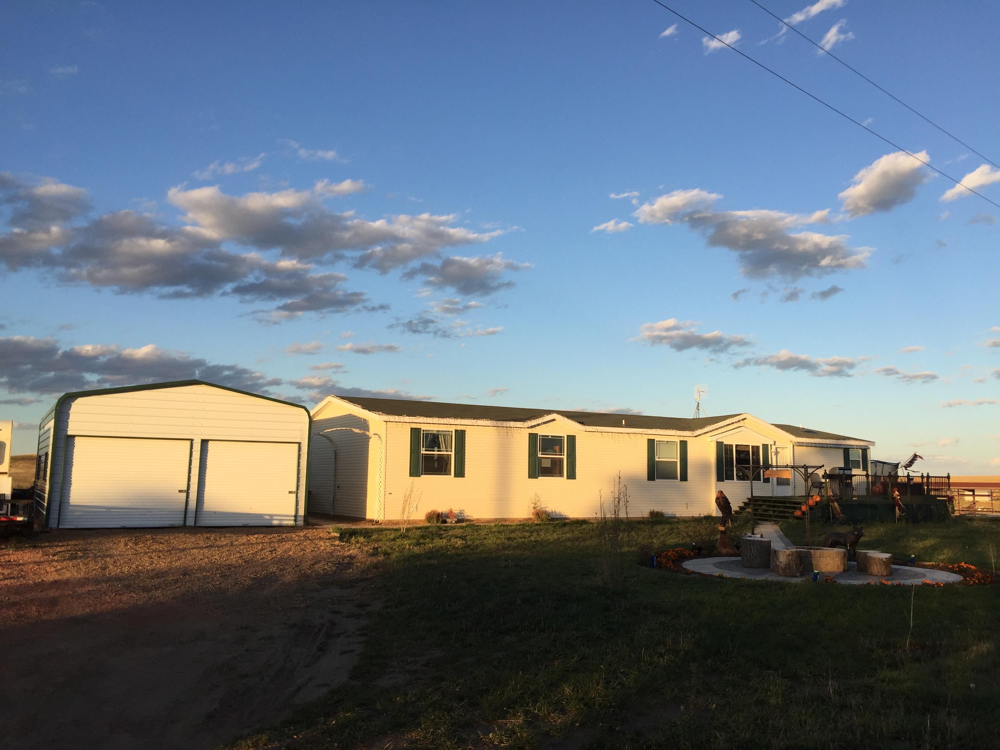 12519 LONE BUTTE RD, Grassy Butte, North Dakota 58634