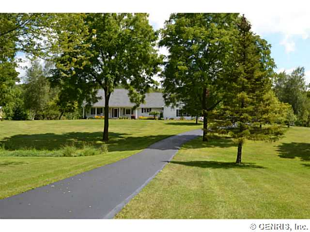 1110 Canandaigua Road S, Palmyra, New York 14522