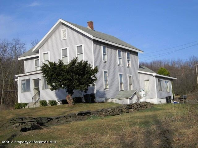 6 Wemberly Hills Road, Olyphant, PA 18447