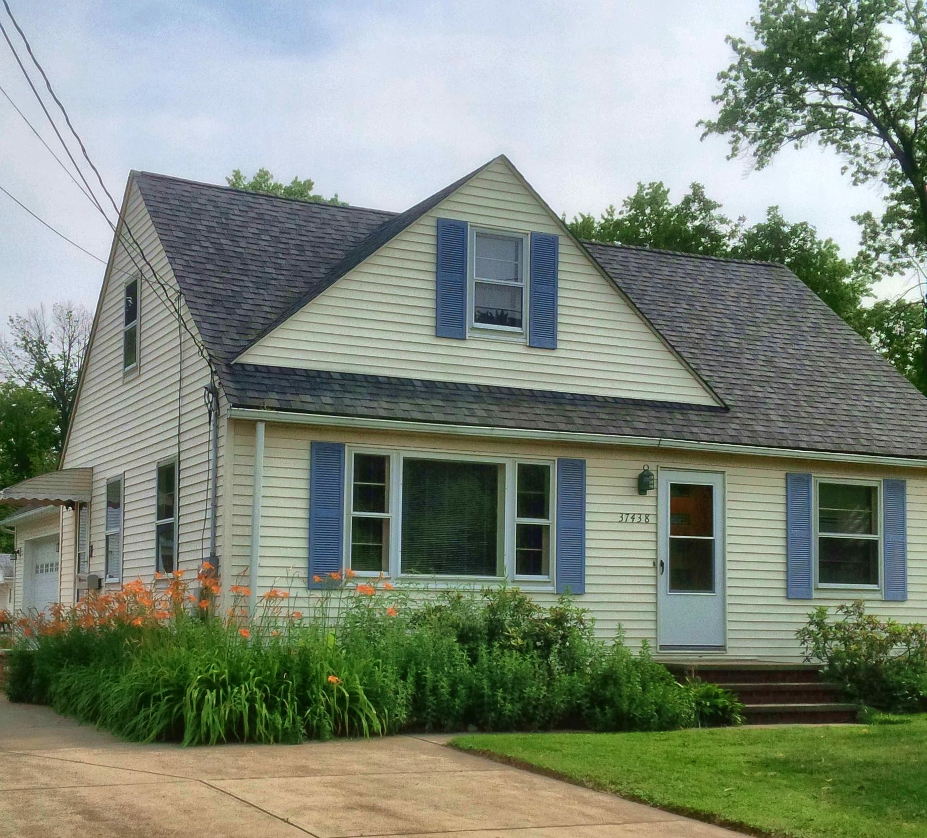 37438 Sharpe Ave, Willoughby, Ohio 44094