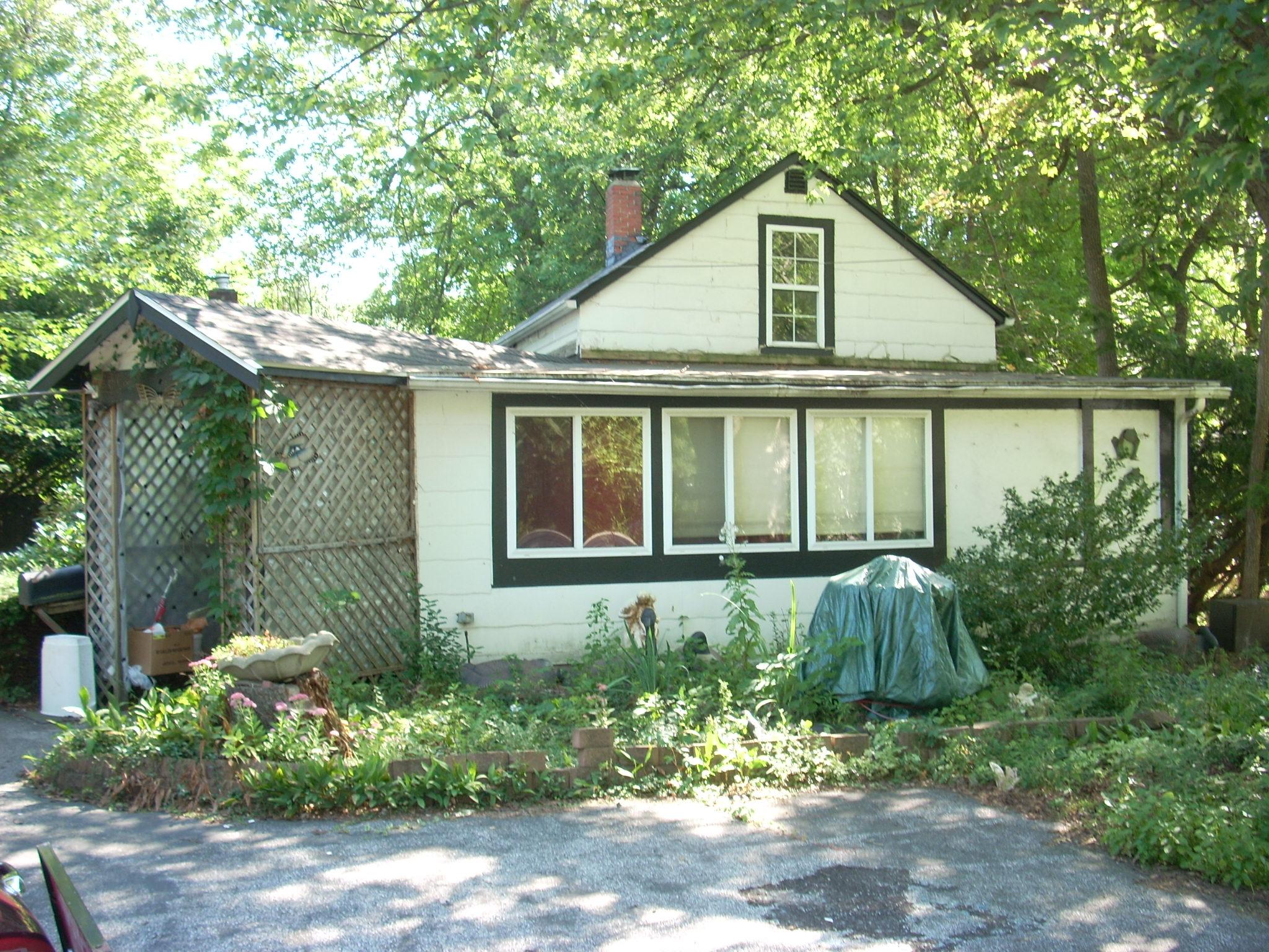 8042 Munson  , Mentor, Ohio 44060