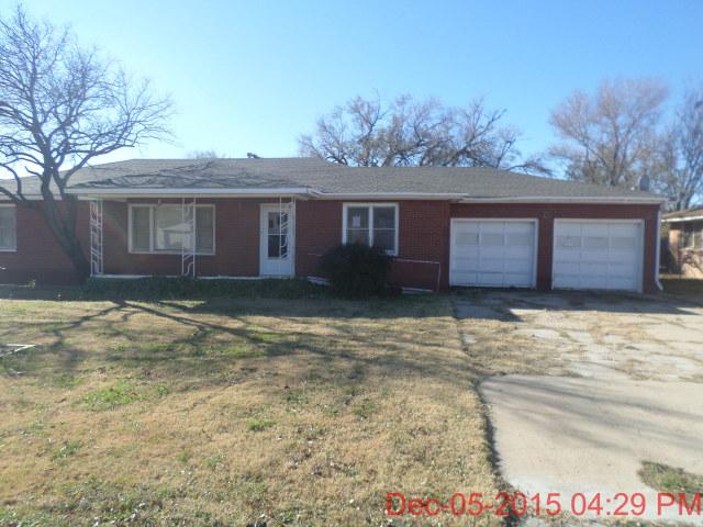 211 N Eastland , Tulia, Texas 79088
