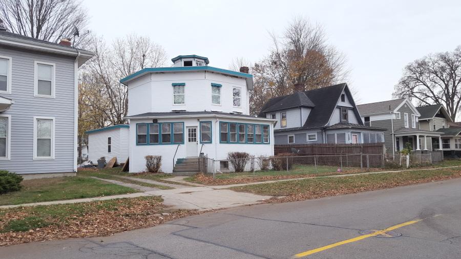 523 S Winter , Adrian, Michigan 49221