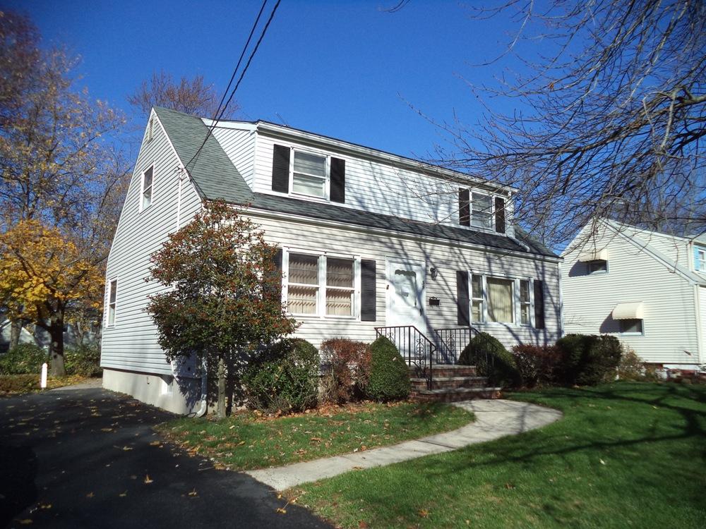 35 Shady Ln, Fanwood, New Jersey 07023