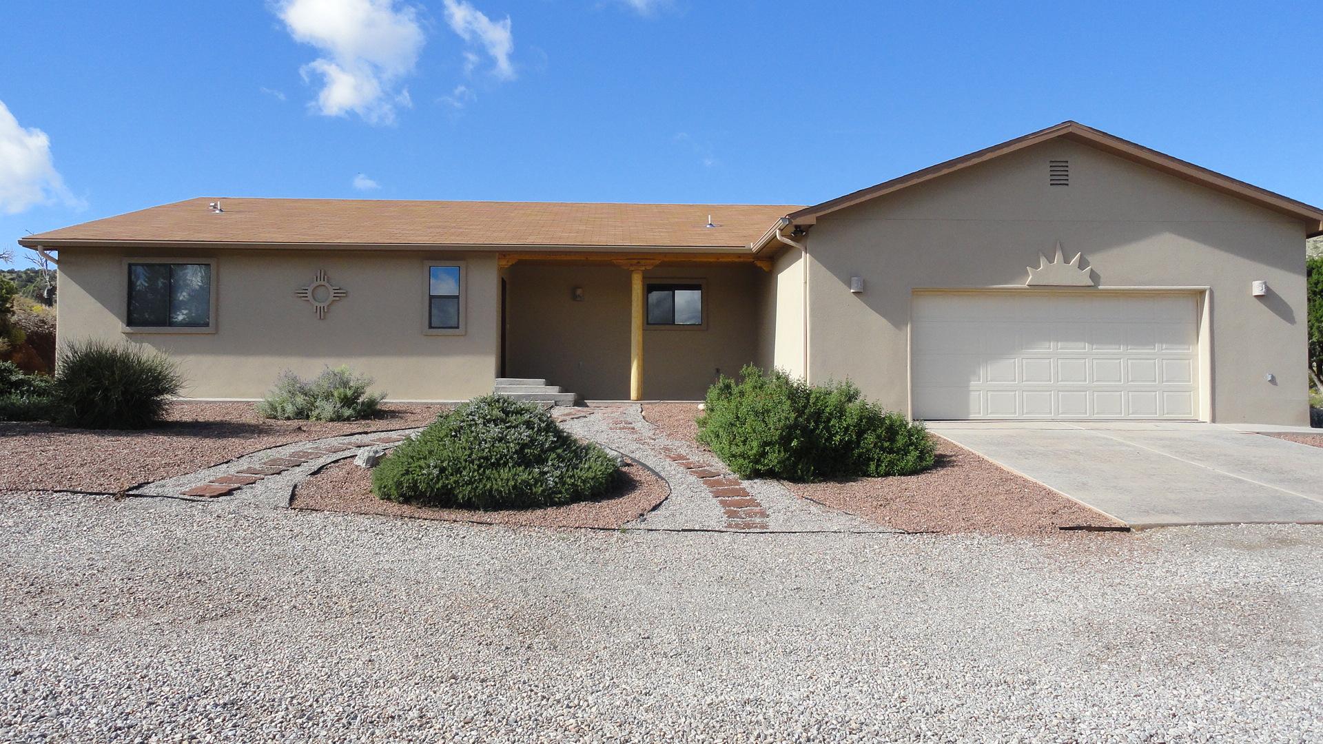 172 Fresnal Canyon Rd, La Luz, New Mexico 88337