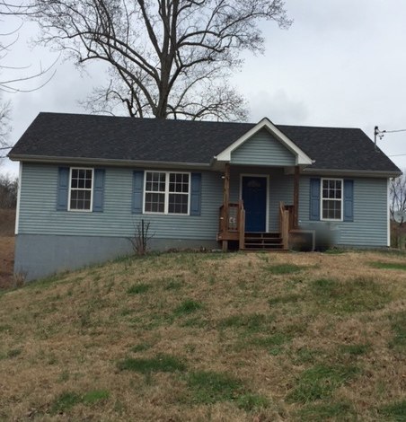 1836 PARK St, White Bluff, TN 37187