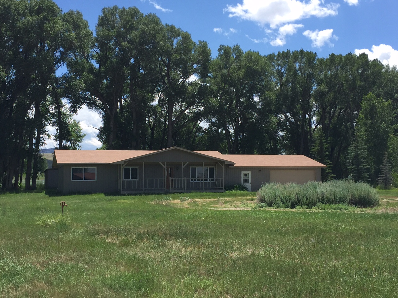 6 Cedar Drive , Riverside, Wyoming 82325