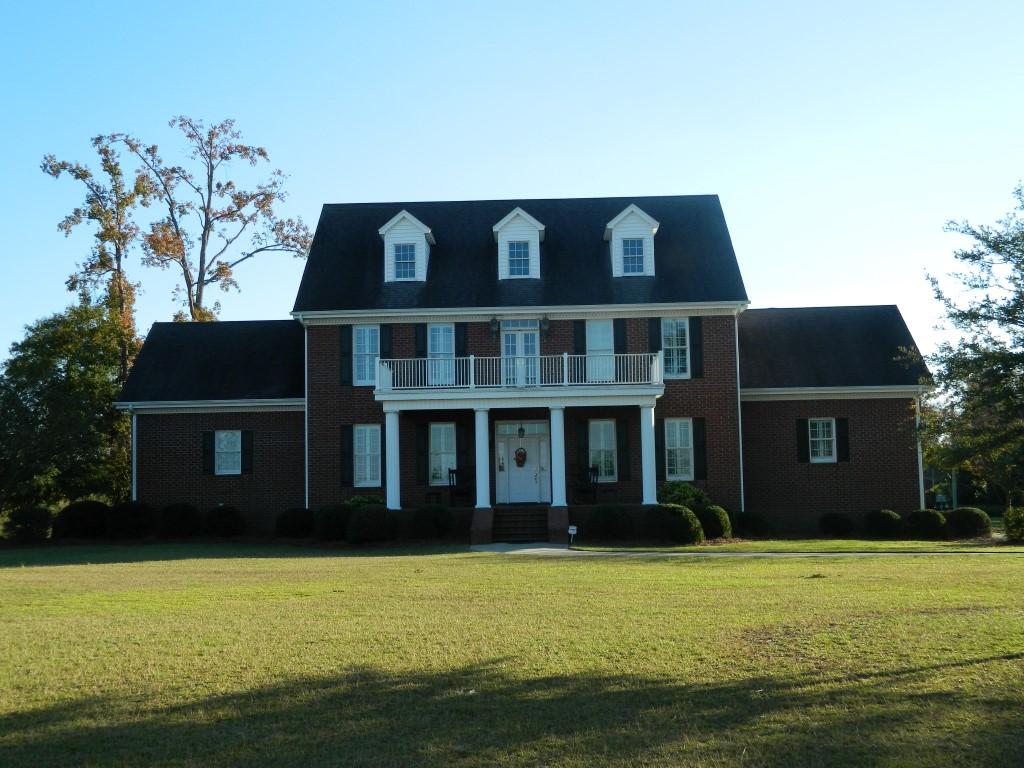 450 W. Armfield Road, Effingham, South Carolina 29541