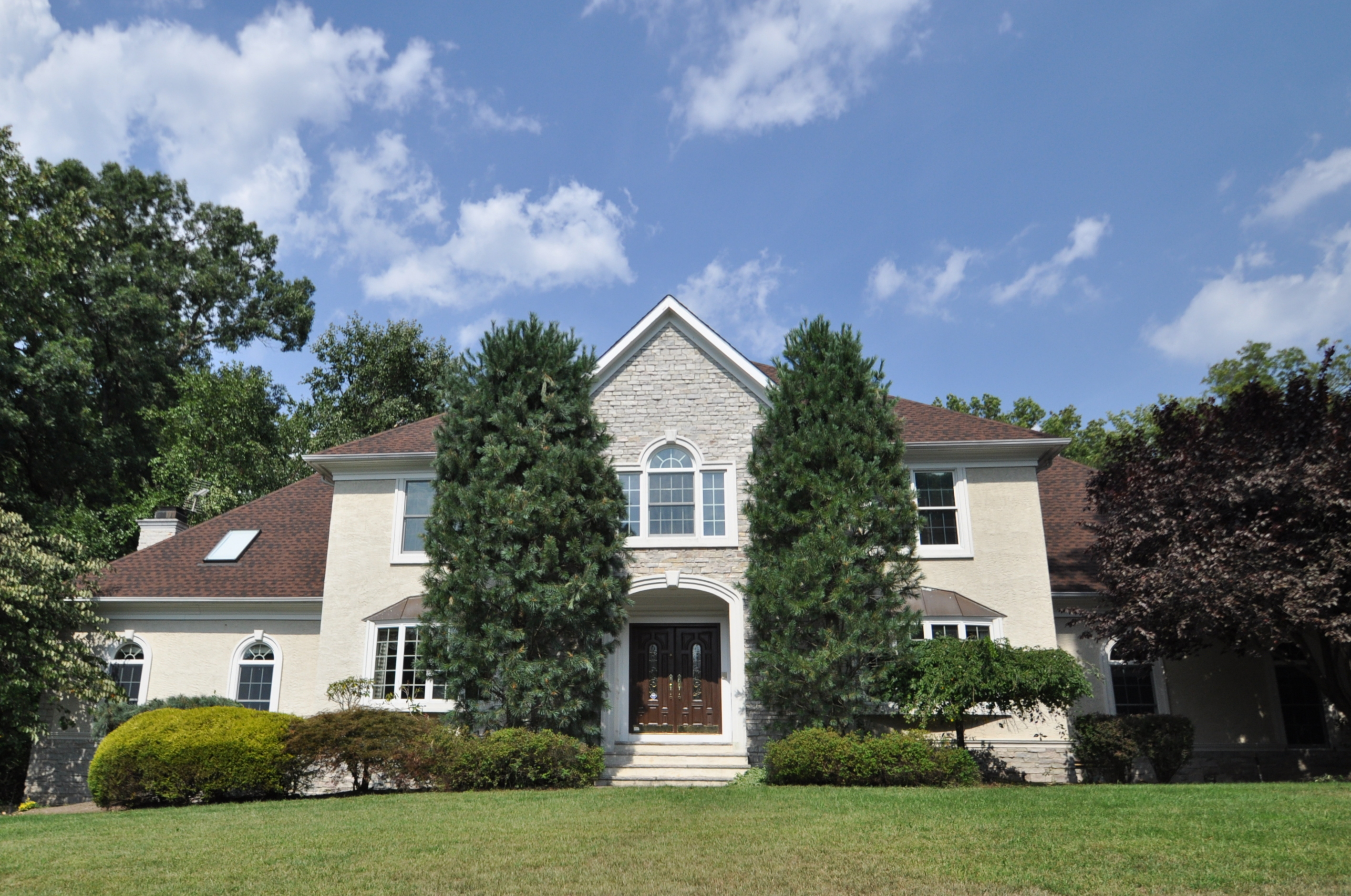 22 Corrigan Way, Old Tappan, New Jersey 07675