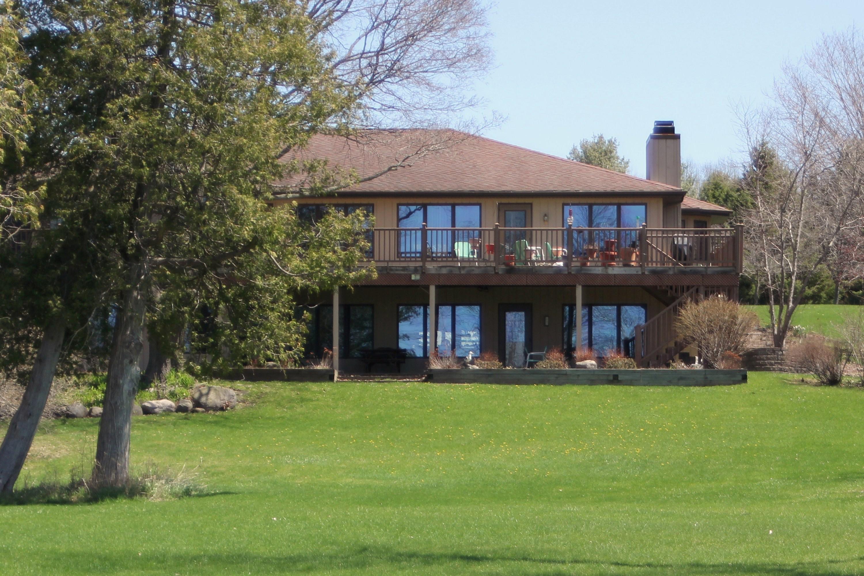 1047 Cove Road, Sturgeon Bay, Wisconsin 54235