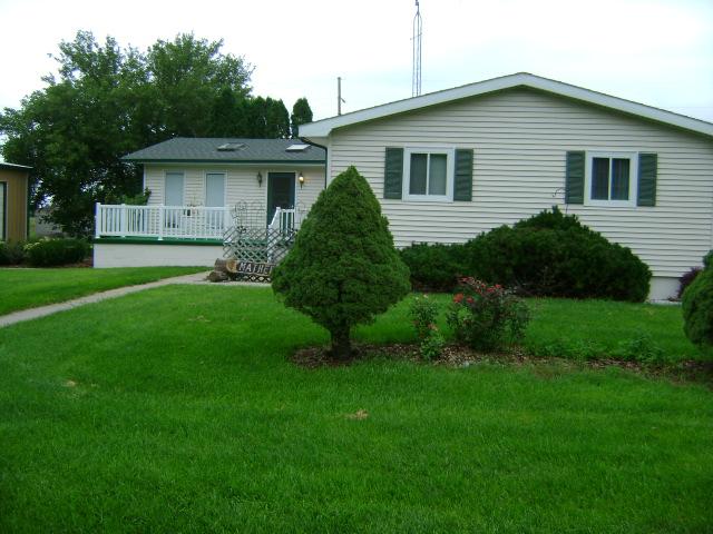 104 S 2nd, Meadow Grove, Nebraska 68752