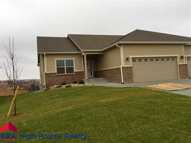 2408 Bellerive Circle, Manhattan, Kansas 66503