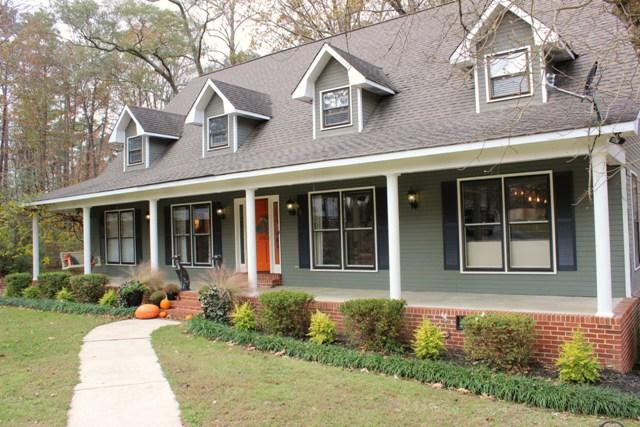 1753 Oakwood Circle, Hartselle, Alabama 35640