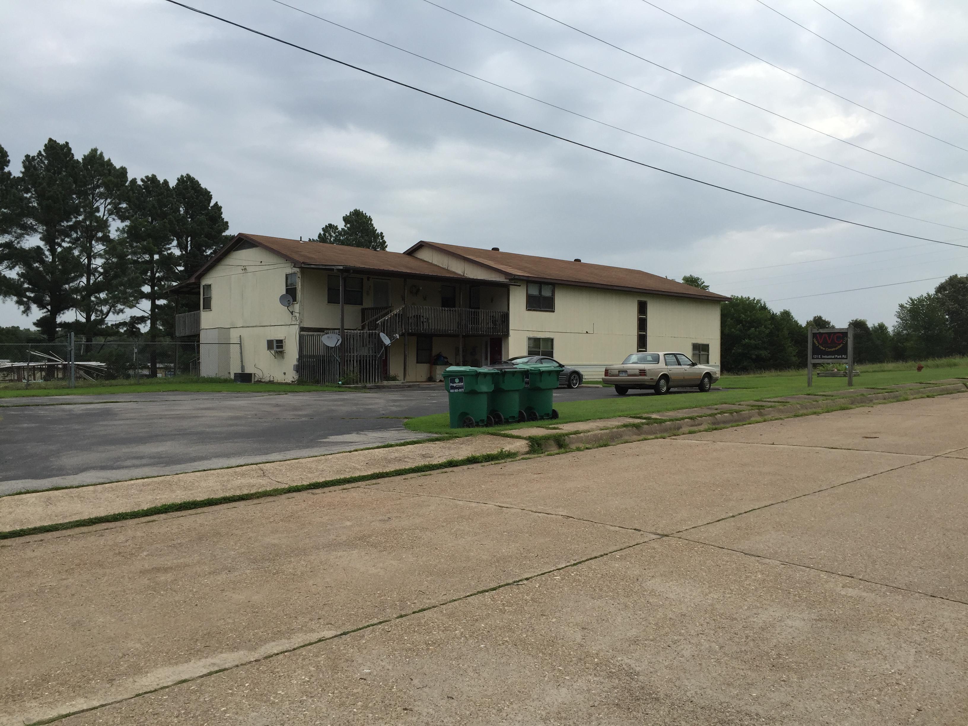 121 E. Industrial Park Rd, Flippin, Arkansas 72634
