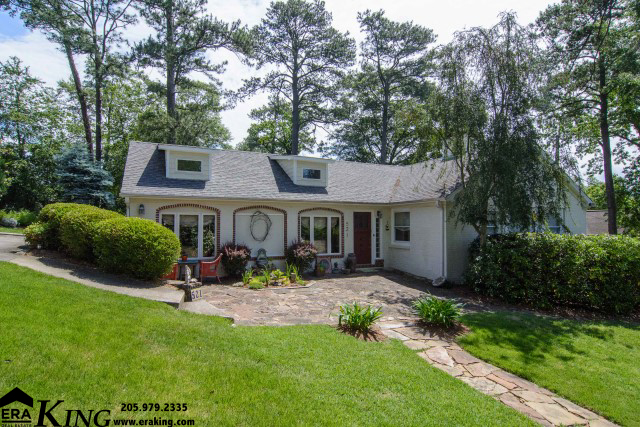 521 Hampton Dr, Homewood, Alabama 35209