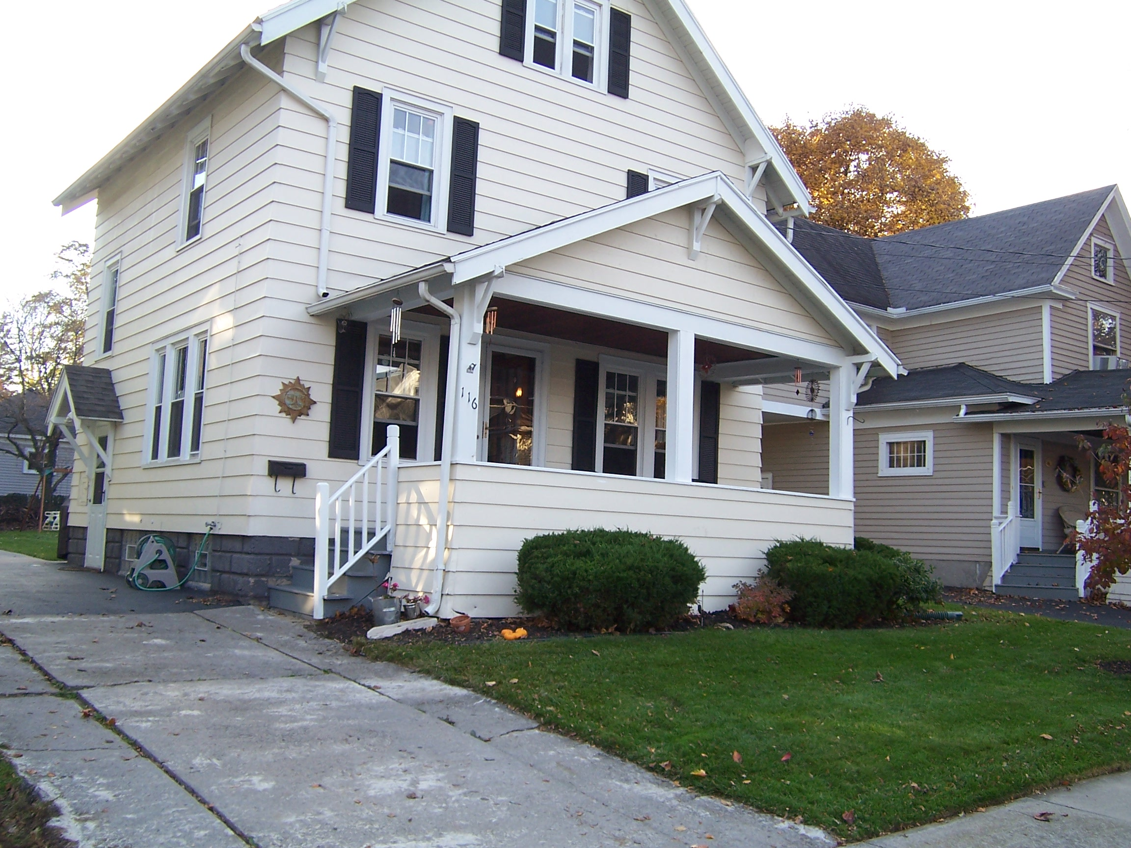 116 W. Spruce St., East Rochester, New York 14445