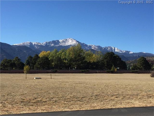 3320 Hill Circle, Colorado Springs, CO 80904