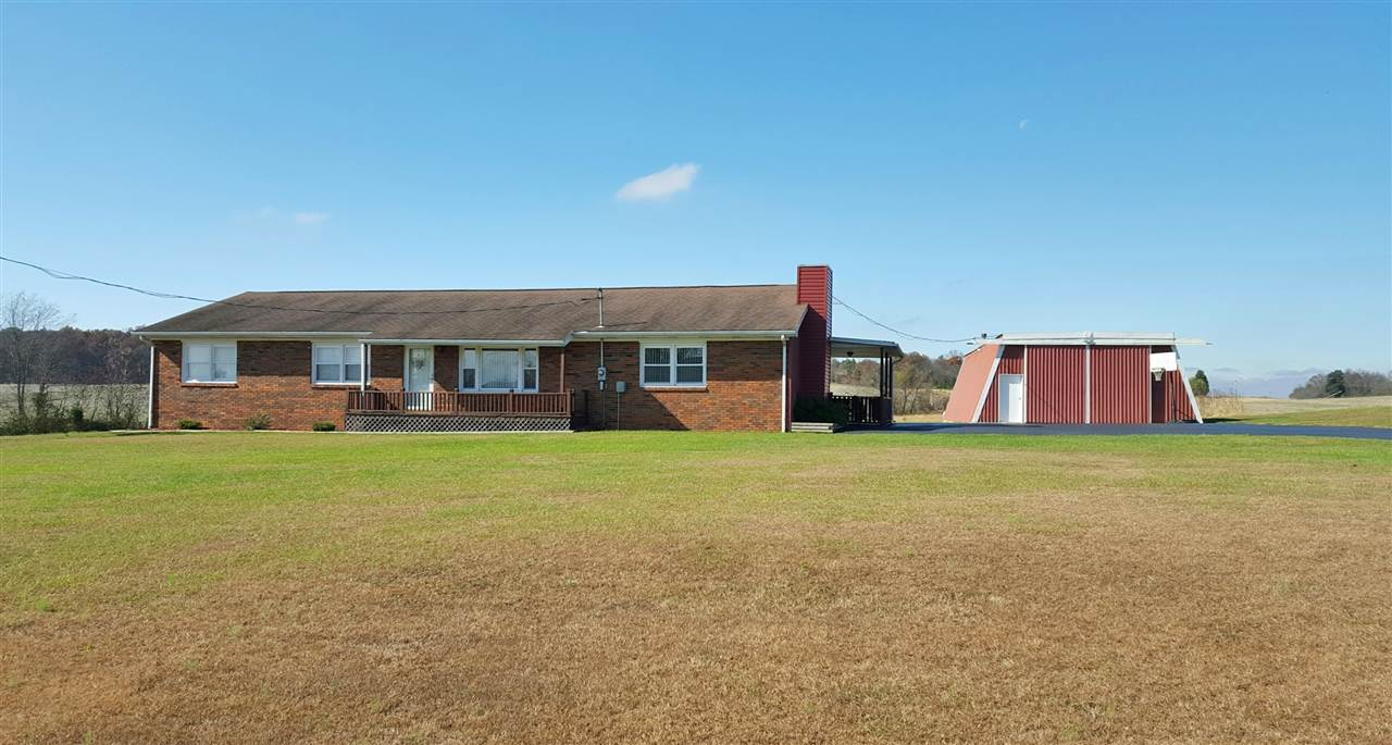 11755 S State Rd 161, Holland, IN 47541