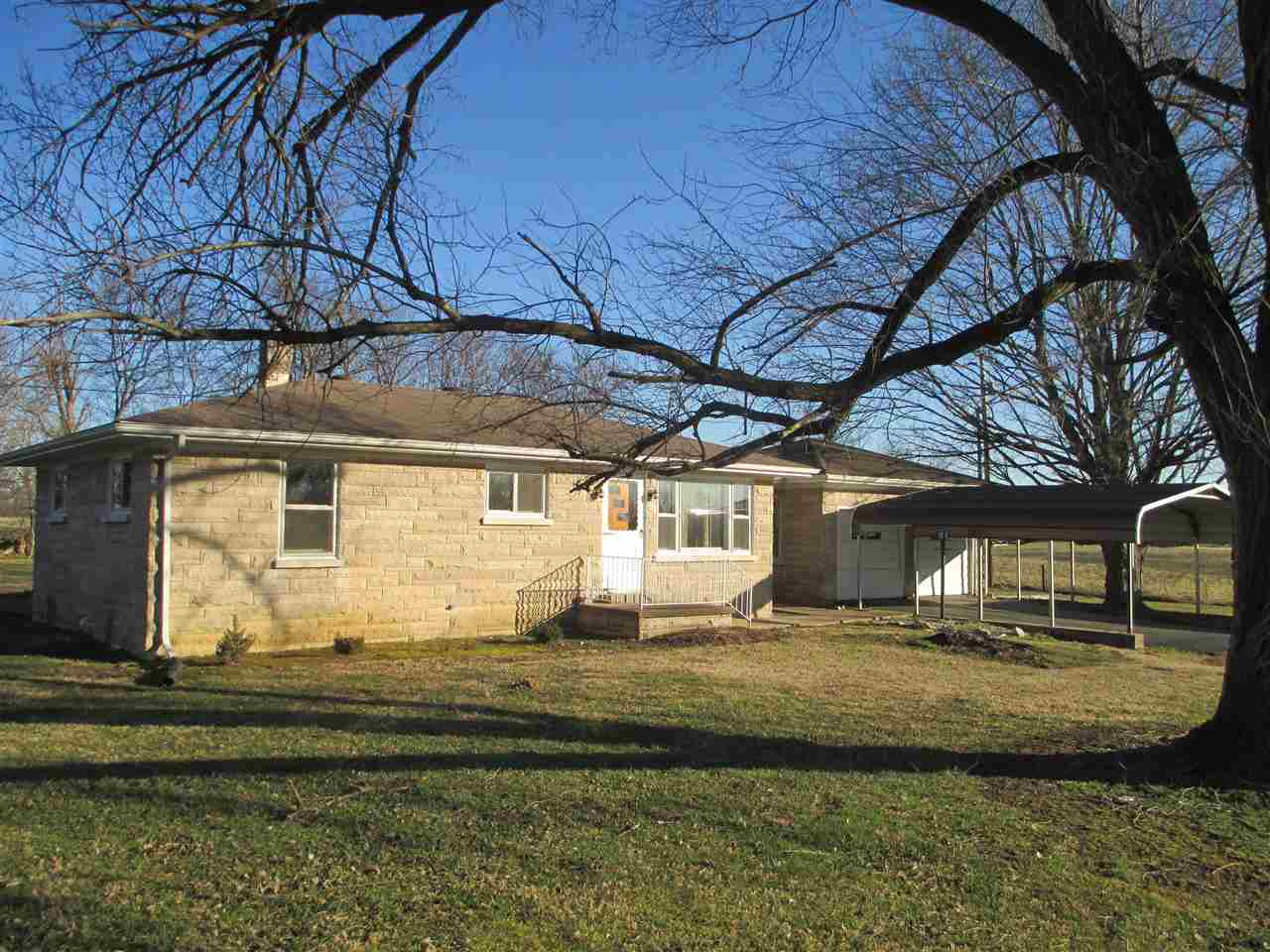 4501  Maple Hill Rd, New Harmony, IN 47631