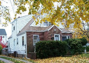 800 6th Ave., New Hyde Park, NY 11040