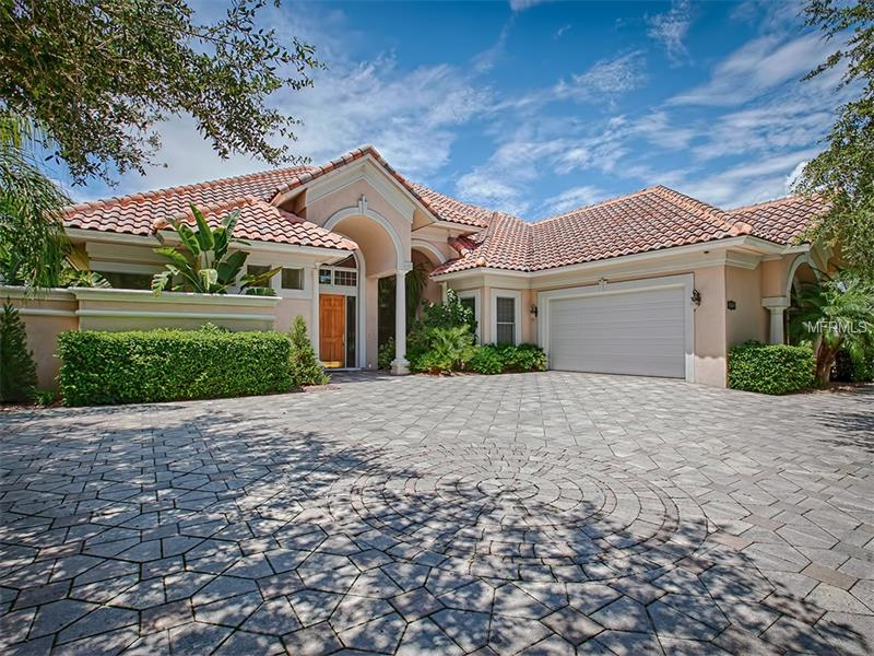 9504  San Fernando Ct, Howey In The Hills, FL 34737