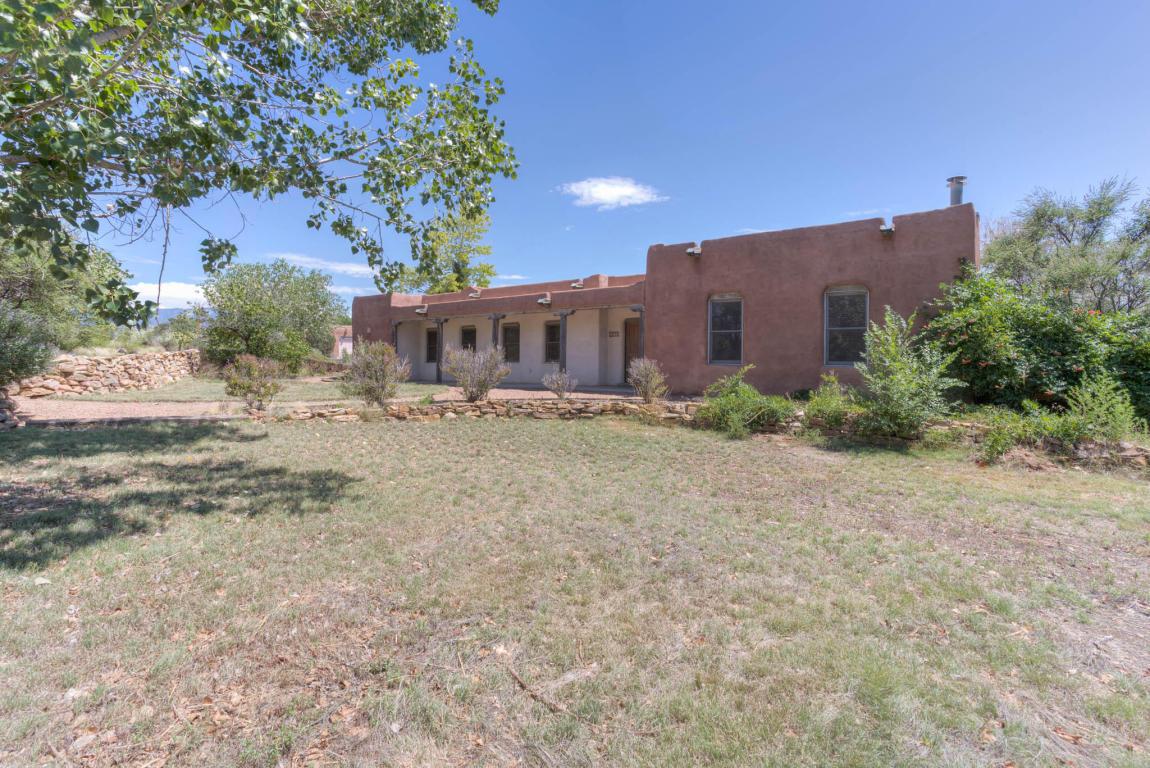 204  Las Colinas Ln  NE, Albuquerque, NM 87113