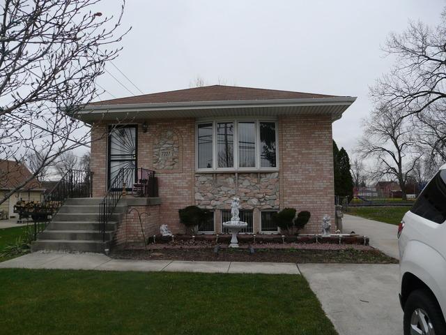 7227 W 74th St, Bridgeview, IL 60455