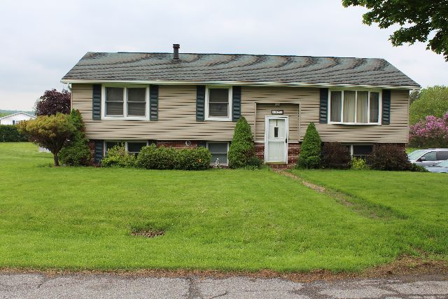 422  West Avenue, Falconer, NY 14733