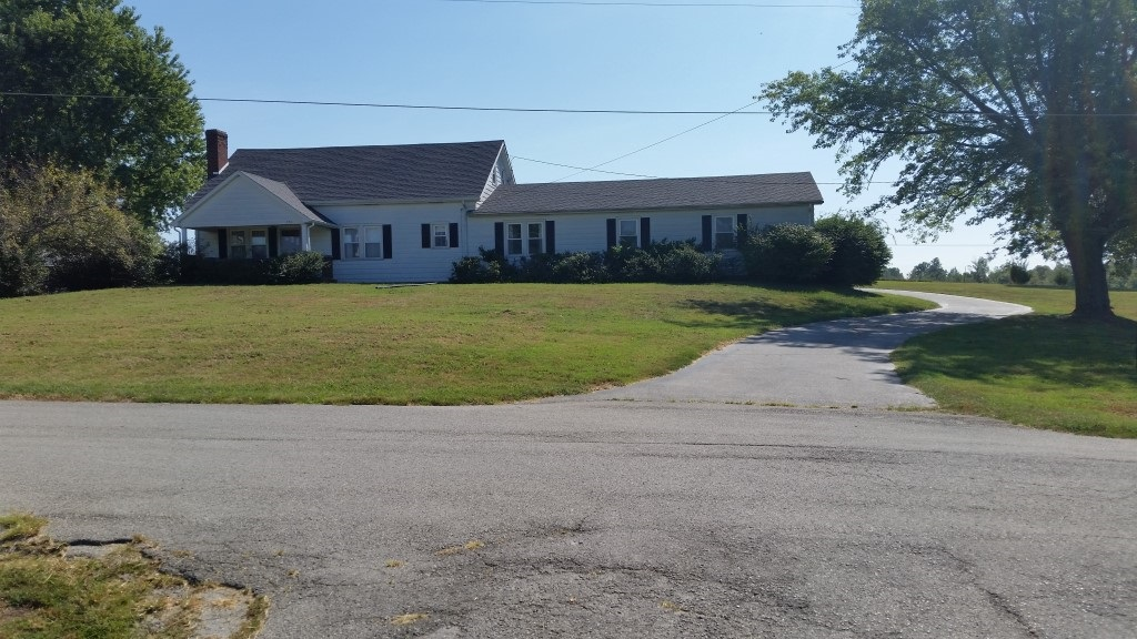446 Old L & N Tpke, Magnolia, KY 42716