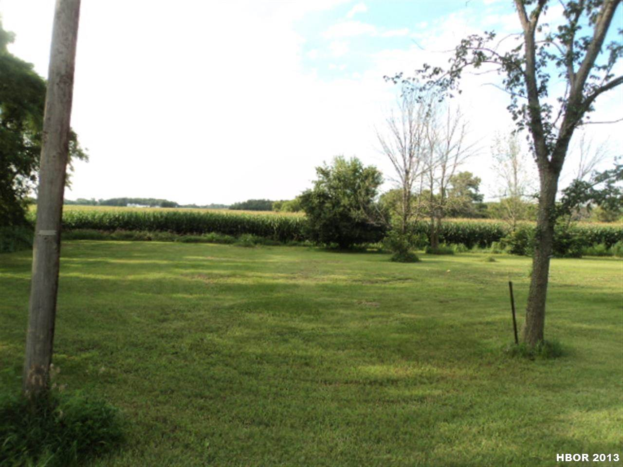 2862 S R 613, Mccomb, OH 45858