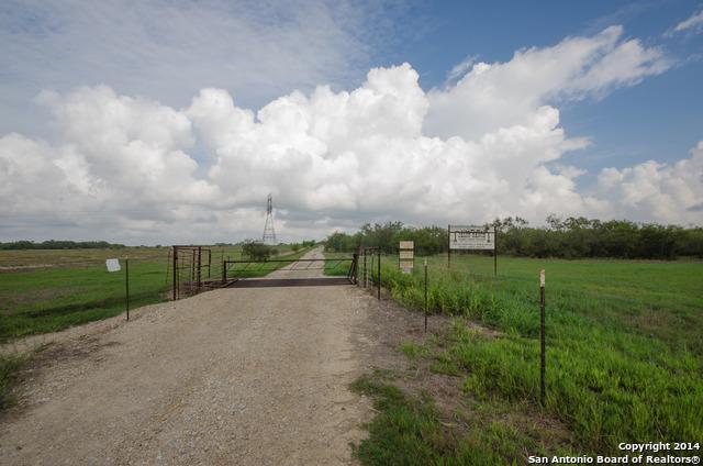0  Fm 1344, Floresville, TX 78114