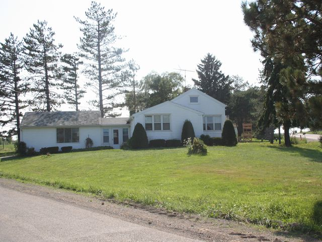 9082  Fredonia-stockton Road, Fredonia, NY 14063
