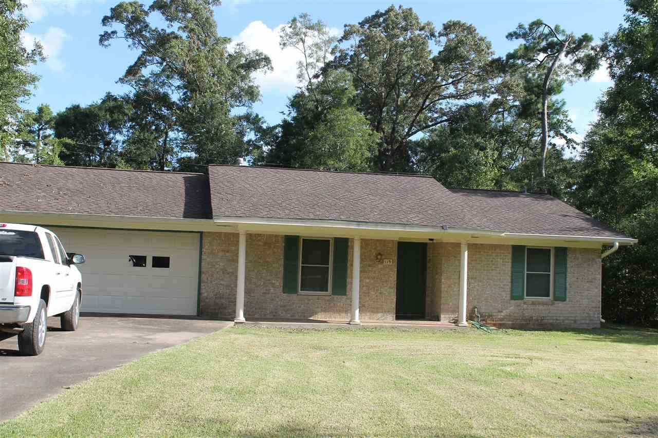 119 Lindsey St, Silsbee, TX 77656