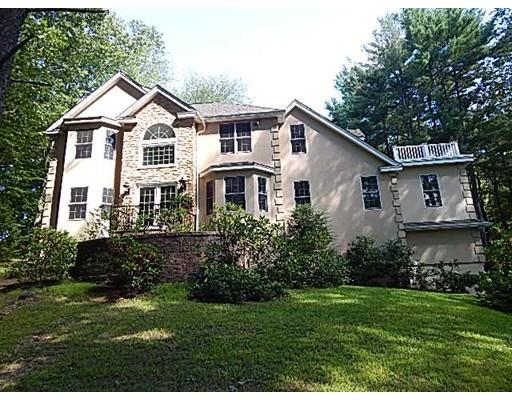 3  Rural Drive, Leicester, MA 01524